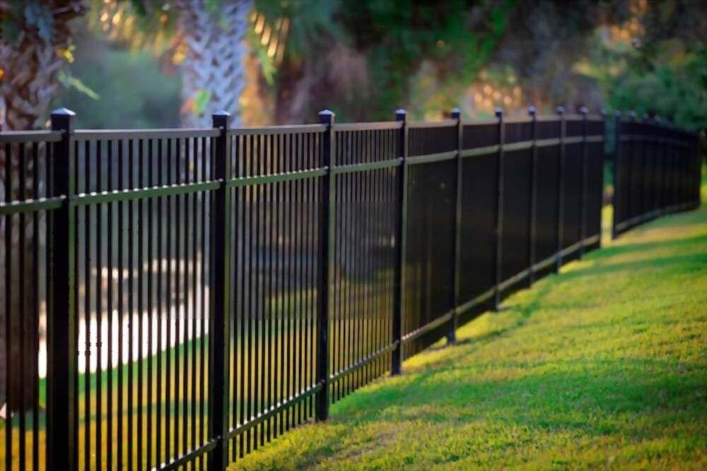 metalines tvoros kaina medines